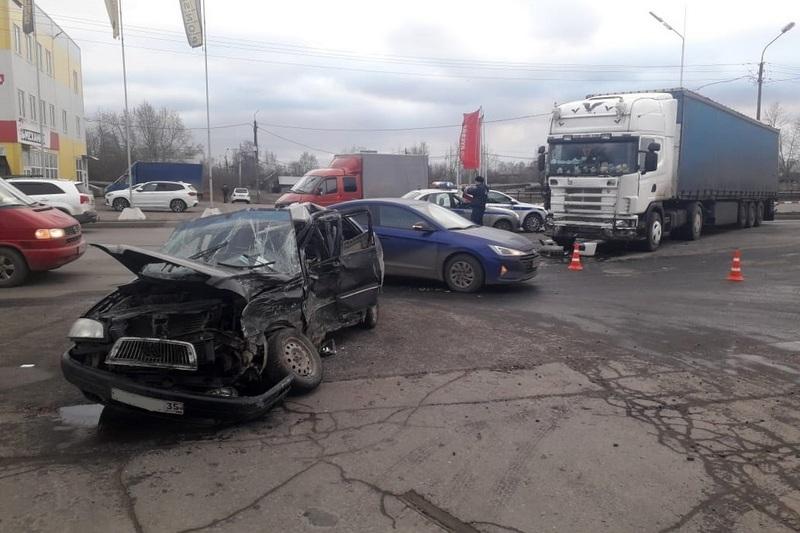 НаСеверном шоссе вДТП погиб человек