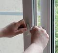 ВЧереповце родителям напомнят обопасности открытых окон