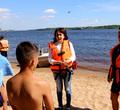 Спасатели проверили безопасность детей напляжах Череповца