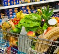 ВЧереповце жительница Петербурга похитила тележку изсупермаркета