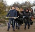 ВЧереповце активисты собрали напляже 170 мешков мусора после «культурных» отдыхающих