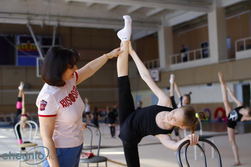 Без одежки гимнастка бесплатно и фото фото 759-342