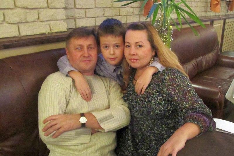 Инна Соболева и ее семья. Фото: vk.com