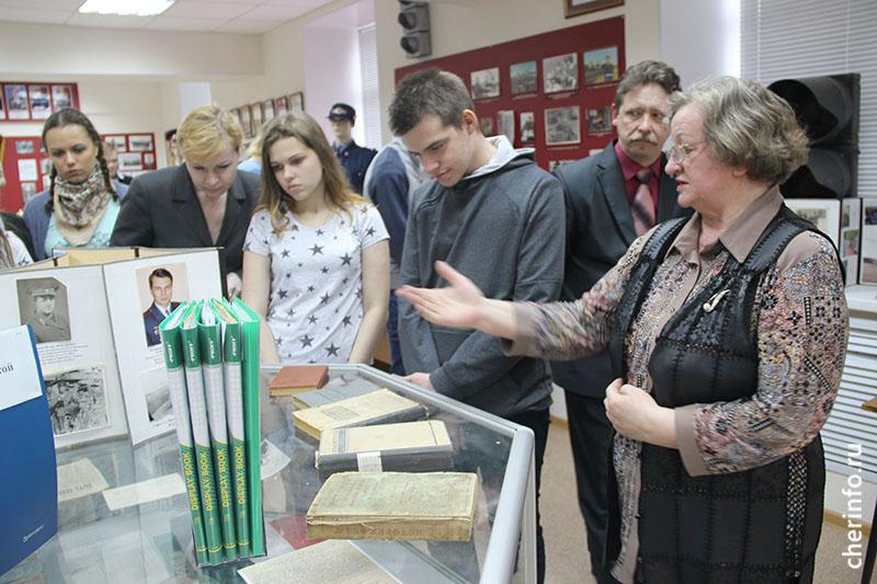 Экскурсия для школьников по музею МВД