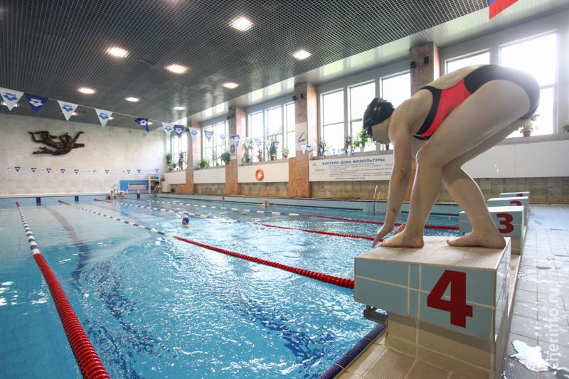 Тренер по плаванию Иван Ильичёв