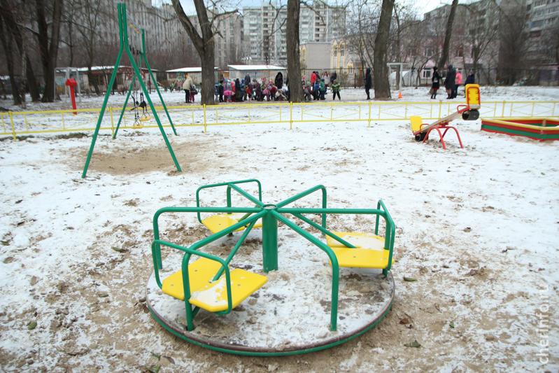 Детская игровая площадка удома № 17 по улице Гоголя