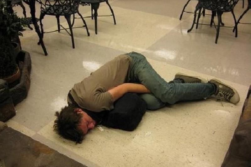 что бывает с уснувшими или пьяными - 12