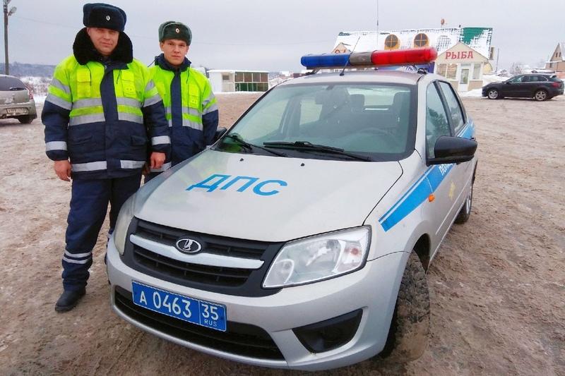 Инспектор Николай Рюмин и стажер Михаил Заостровский