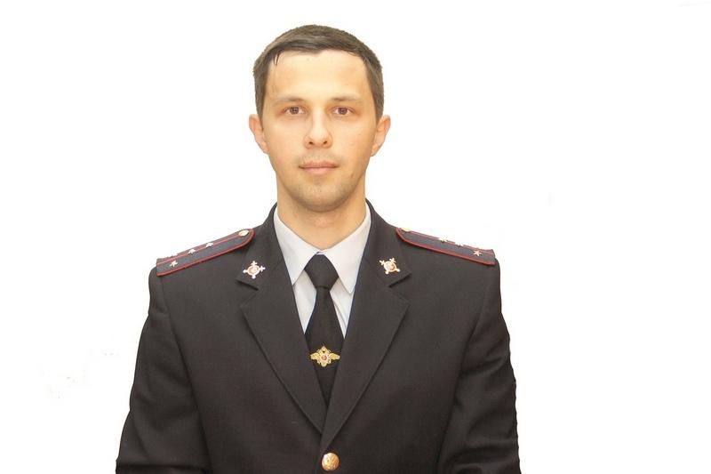 Участковый Виктор Белинский получил ранение в шею