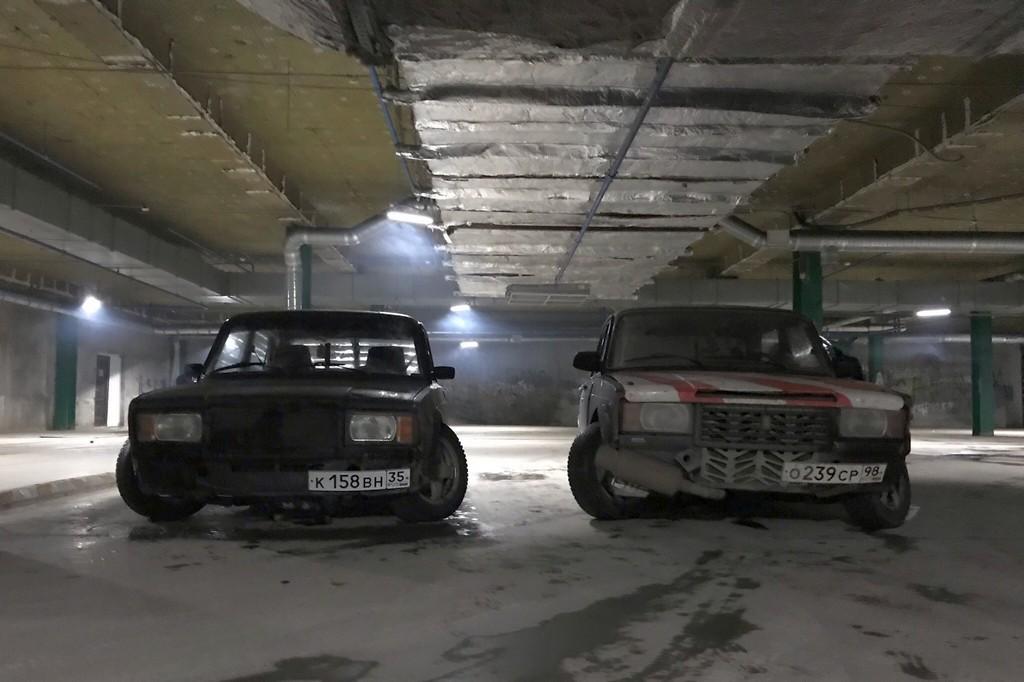Машины Артема Сизяева