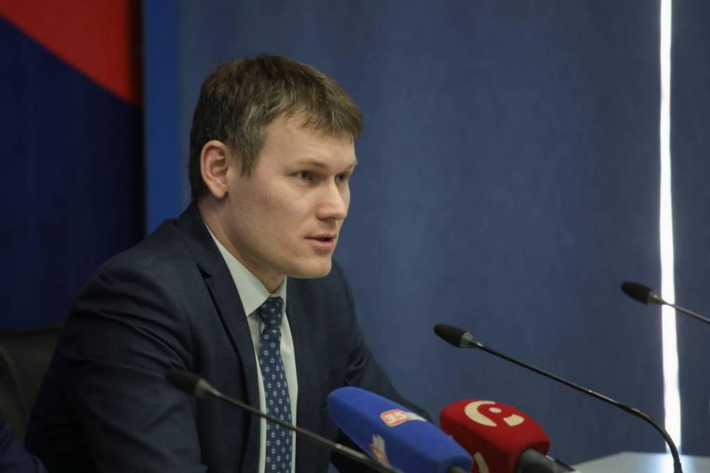 Андрей Накрошаев