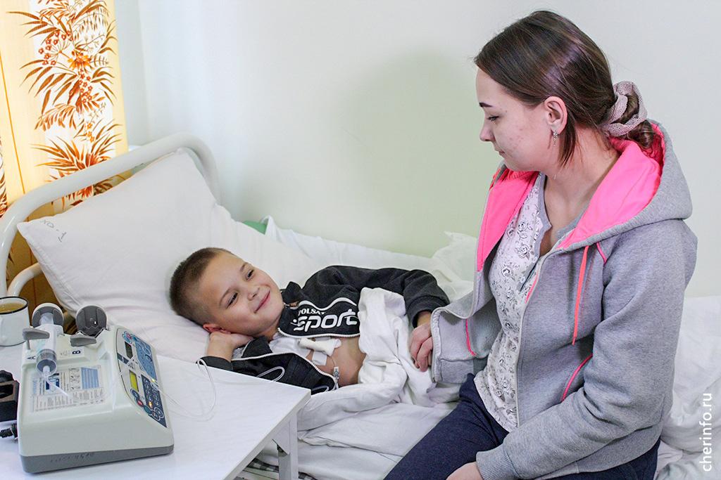 Кирилл Попов с мамой