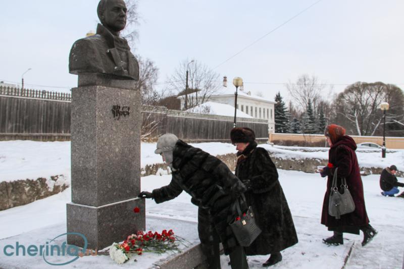 Бюст Николая Рубцова